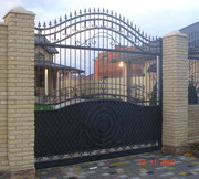 Ворота секционные,  распашные,  откатные под заказ.